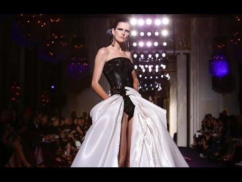 couture - Atelier Versace   Haute Couture Fall Winter 2014/2015 by Donatella Versace   Full Fashion Show in High Definition. (Widescreen - Exclusive Video - Multi Came...