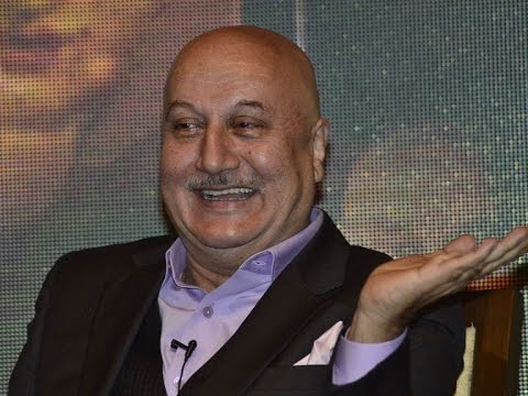 Anupam Kher's surgery postponed
