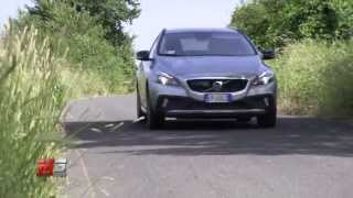 VOLVO V40 D3 CROSS COUNTRY 2013 - TEST DRIVE