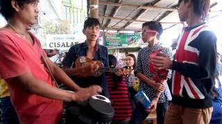 SEKETIP MATA - PENGAMEN JALANAN ( Pasar Jatibarang ) Video