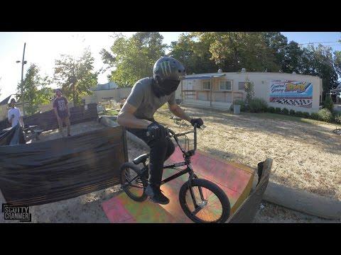 BLINDFOLDED BMX CHALLENGE! (видео)