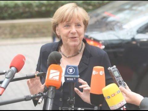 Μέρκελ: Η Ελλάδα χρειάζεται  ένα πολυετές πρόγραμμα