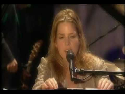 , title : 'Diana Krall - Love Me Like A Man - Live in Montreal Jazz Festival 2004'