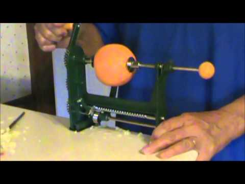 Food Peeler - Here's how my new orange peeler works. It's made by Bene Casa.