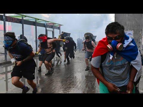Chile: Demonstranten liefern sich weiterhin Straßensc ...