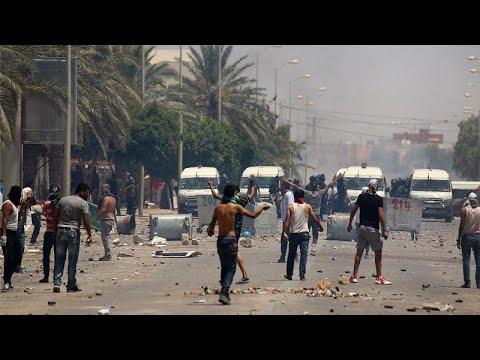 Τυνησία: Η ανεργία τους έβγαλε στους δρόμους