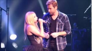 Video Let Me Go Avril Lavigne feat Chad Kroeger at Foxwoods Casino Resort MP3, 3GP, MP4, WEBM, AVI, FLV Juli 2018