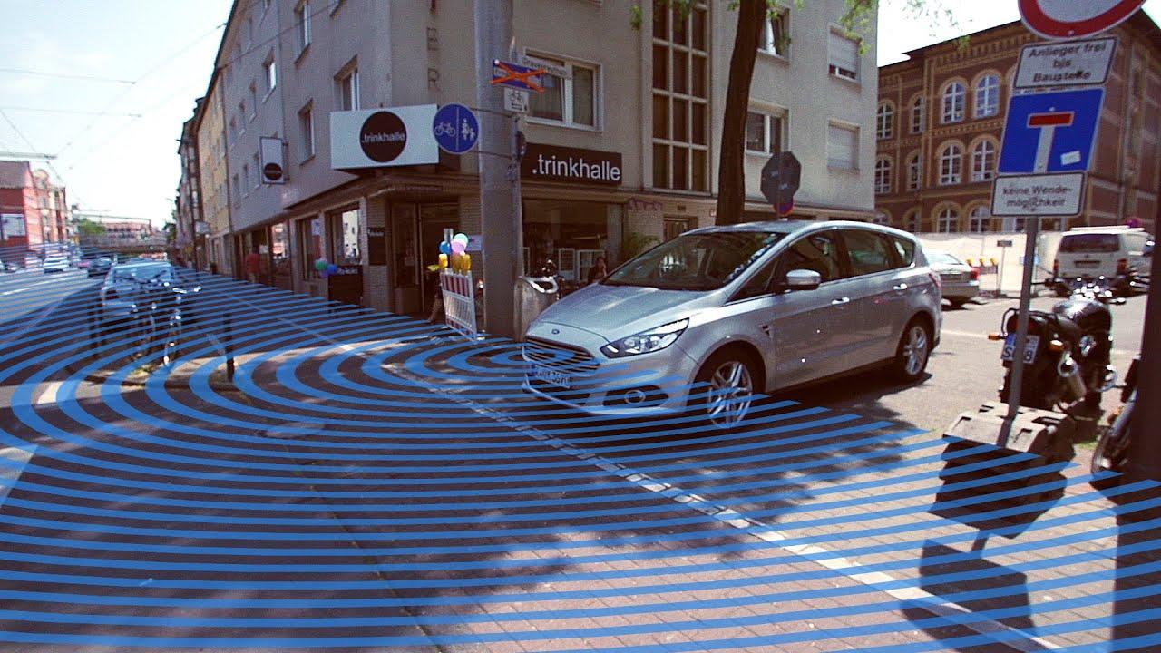 Ford создала автокамеру, позволяющую водителю заглянуть за поворот