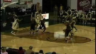 Brittney Griner Dunks Twice in 99-18 Victory