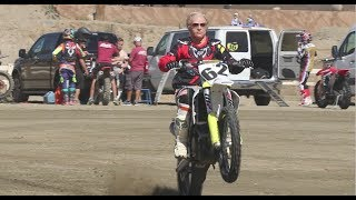 Video 80 YEAR OLD GRANDPA EARL SHREDS DIRT BIKE MP3, 3GP, MP4, WEBM, AVI, FLV Juli 2019