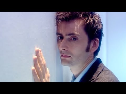 Rose and The Doctor are seperated forever – Doctor Who – Doomsday – Series 2 – BBC