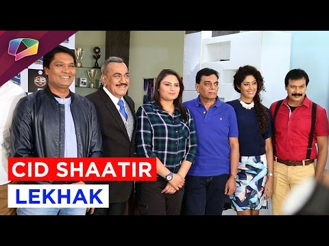 CID awards the winners of their Shaatir Lekhak con
