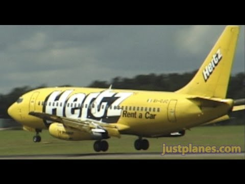 rynair 737 - Please visit our website at http://www.justplanes.com Download this Dublin/Shannon video for only $15 at http://www.justplanes.com/ClassicAirports.html.