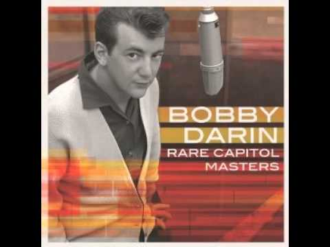 Tekst piosenki Bobby Darin - This nearly was mine po polsku