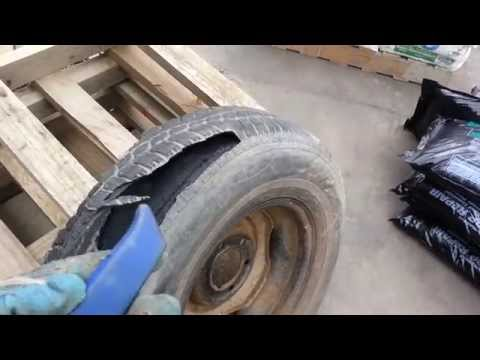 這個人不知道輪胎絕對不能拿刀亂割,結果一割之後