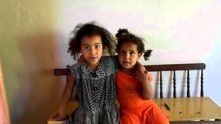 criancas  cantando  pra jesus
