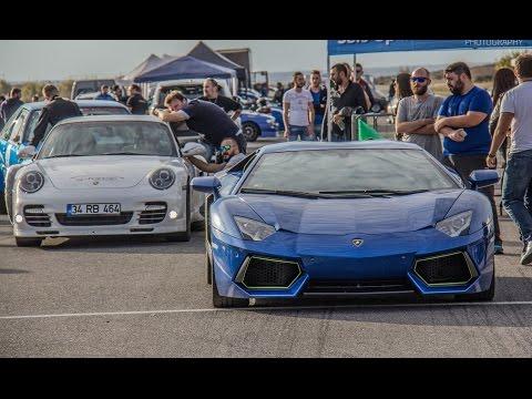 lamborghini aventador vs porsche 911 turbo - due bolidi affascinanti