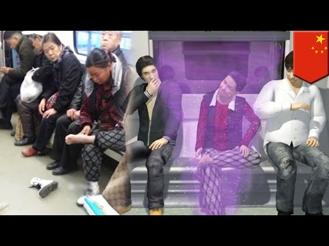 Public manners fail: Chinese woman makes a big stink on the HK subway (видео)