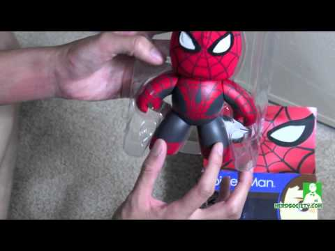 0 Unmasking SDCC Spider Man Mighty Muggs