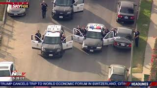 Video CROWD WATCHES ARREST: People living in South Central LA See End of Stop-and-Go Police Chase MP3, 3GP, MP4, WEBM, AVI, FLV Januari 2019