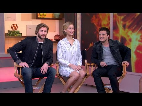The Hunger Games: Mockingjay, Part 1 (Clip 'Revelation')