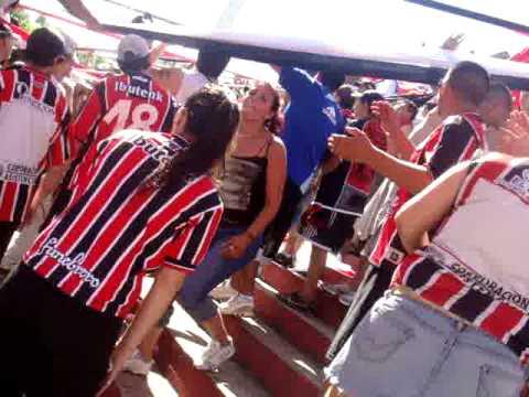 Video - chaca, en la cancha de español, TEMA NUEVO,, - La Famosa Banda de San Martin - Chacarita Juniors - Argentina