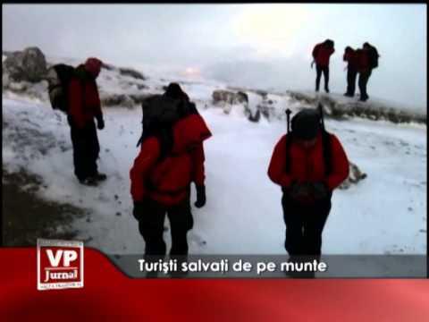 Turiști salvați de pe munte