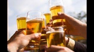 Tình trạng bia giả xuất hiện trên thị trường đang gây hoang mang cho người tiêu dùng. Lực lượng chức năng cũng đã tích cực vào cuộc xử lý nhưng tình trạng này vẫn đang diễn ra. Vì được làm bằng nguyên liệu giá rẻ nên bia giả chứa nhiều chất độc hại, tàn phá cơ thể con người.