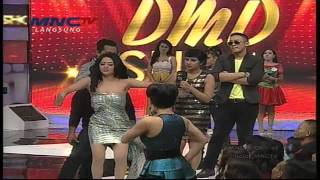 Video Yuni Shara dan Dewi Persik Joget Koplo - DMD Show MNCTV MP3, 3GP, MP4, WEBM, AVI, FLV Desember 2017