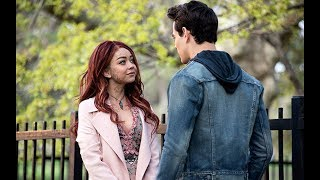 The world finally knows who Sarah Hyland's character will be in Shadowhunters. At the shows panel at Comic-Con it was announced Hyland would play a version of the Seelie Queen.http://www.celebified.com - Get the hottest scoop on your favorite stars, TV shows, movies, and more!http://www.facebook.com/Celebified - 'Like' us and join in on the gossip fest!http://www.twitter.com/Celebified - Follow us for regular entertainment buzz and behind-the-scenes snaps from our red carpet visits, exclusive interviews, and more!Sarah Hyland's Shadowhunters role has finally been revealed! At the Shadowhunters panel at San Diego Comic-Con, Freeform finally revealed who Sarah Hyland will play during her highly-anticipated guest arc on the show.She will portray a new version of the Seelie Queen, a devious character who has previously appeared on the series to mess with the Shadowhunters.Considering her character has a past with the Jace-Clary-Simon love triangle, it's likely she'll spend some screen time with real-life boyfriend Dom Sherwood.Are you ready for Hyland to mix things up as the Seelie Queen? Sound off in the comments, and as always stick with us at Celebified for the latest TV scoop I'm George, see you next time!