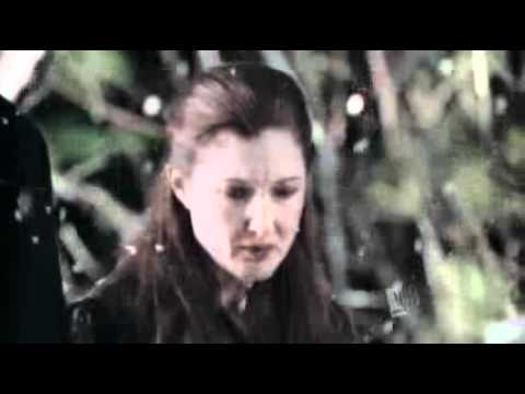 Smallville - 5x12 - Reckoning - Lois and Chloe at Mr. Kent's funeral