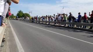 Cassano D'Adda Italy  city images : Il passaggio del gruppo a Cassano d'Adda - Giro d'Italia