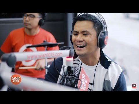 Video Ogie Alcasid performs