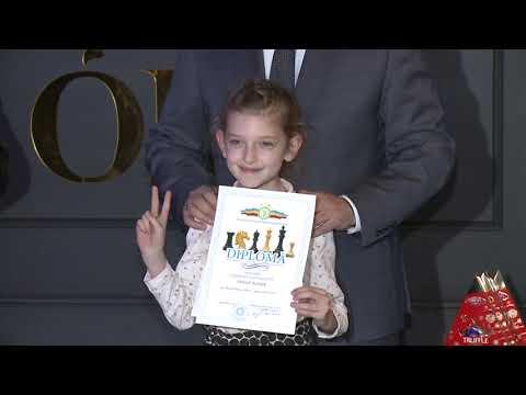 Președintele Igor Dodon a înmînat premii celor mai buni șahiști