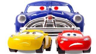Video Disney Cars3 Toys Movie Cruz Ramirez Doc Hudson Lightning McQueen on Fireball Beach for Kids MP3, 3GP, MP4, WEBM, AVI, FLV September 2017