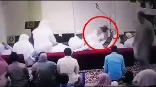 Video SubhanAllah imam Makkah meninggal Dunia setelah sholat HD MP3, 3GP, MP4, WEBM, AVI, FLV Mei 2019