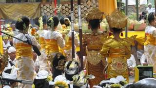 Download Lagu 2013-03-26 Legong Sri Sedana by Tirta Sari Peliatan Ubud Mp3