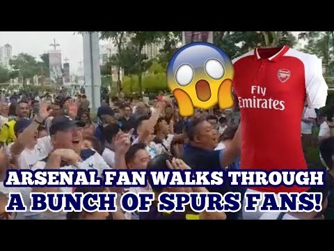 "ARSENAL FAN WALKS THROUGH A BUNCH OF SPURS FANS: ""You Play Thursday, Because You're F***ing Sh*te"""