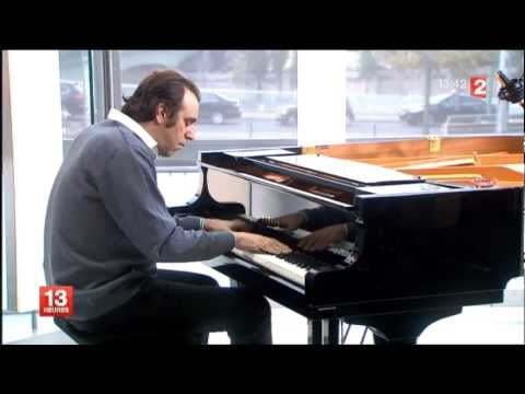 chilly - Chilly Gonzales au JT de France 2 (16.10.2012) Great sound !!!