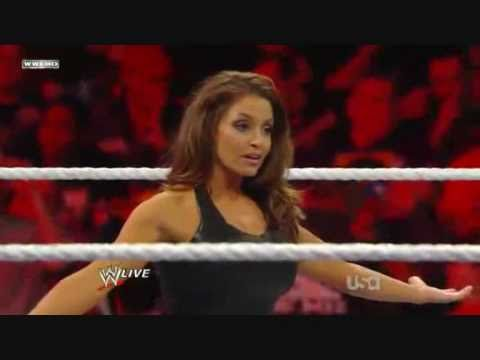 WWE Raw Vickie Guerrero vs Trish Stratus