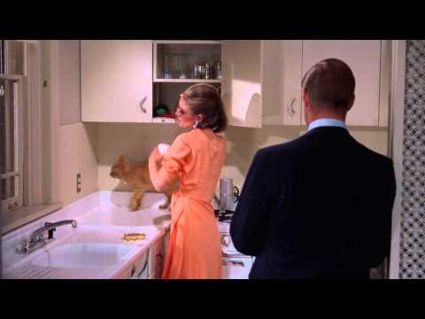 Breakfast at Tiffany's - Paul and Holly Kiss and Make Up (11) - Audrey Hepburn