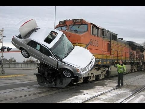 TRUCK VS BIG TRAIN