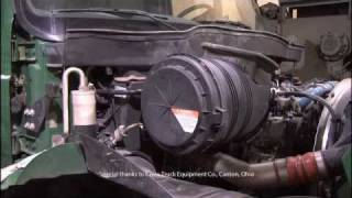 FilterSavvy - Luber-finer - How to Heavy Duty Radial Seal Filter 4300 International Truck.wmv