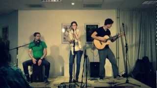 Played live on a guitar event in Groesbeek, Netherlands. More info www.sietzebouma.com/madera.