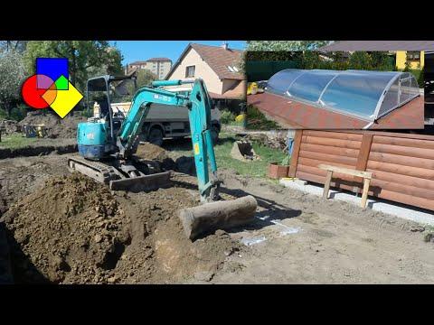 Stavba bazénu Mountfield - Vytýčenie a výkopy (видео)