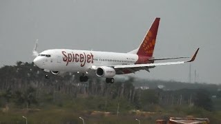 Madurai India  city pictures gallery : SpiceJet 737-800 landing in Madurai, India (VT-SZA)