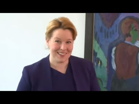Schummelei bei Doktorarbeit: Familienministerin Giffey  ...