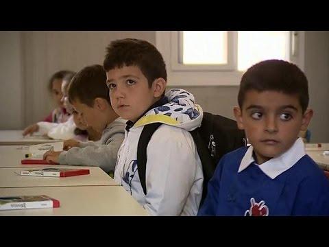 Ιταλία: Επέστρεψαν στα σχολεία οι μαθητές του Αματρίτσε