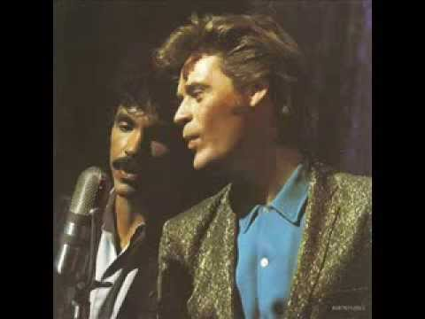 Daryl Hall & John Oates   Greatest Hits  1983