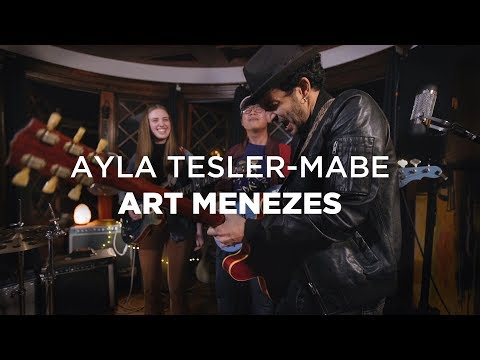 Ayla Tesler-Mabe (Calpurnia) and Art Menezes (GUITAR BATTLE) (видео)